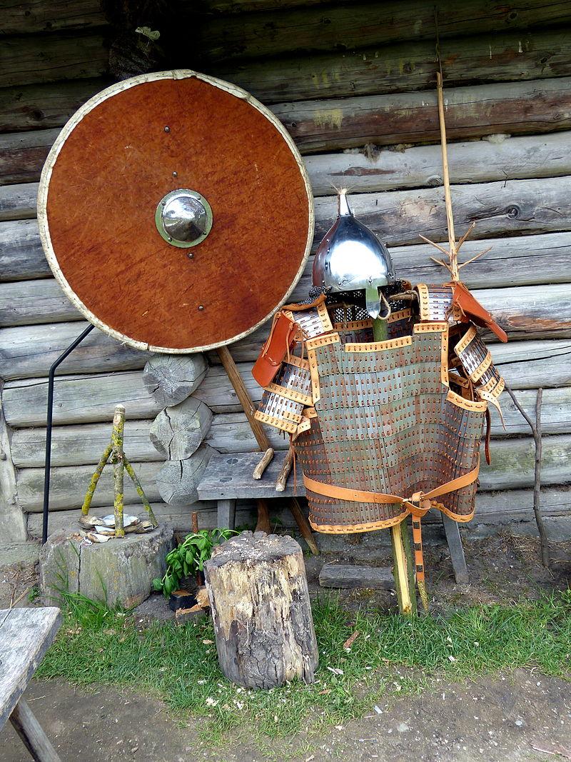 Freilichtmuseum_Groß_Raden_-_Rüstung_1.jpg