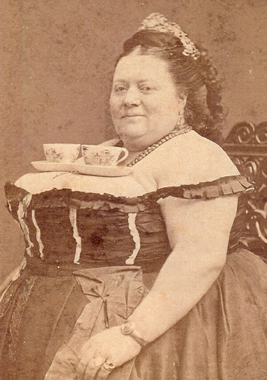 teacup lady.jpg