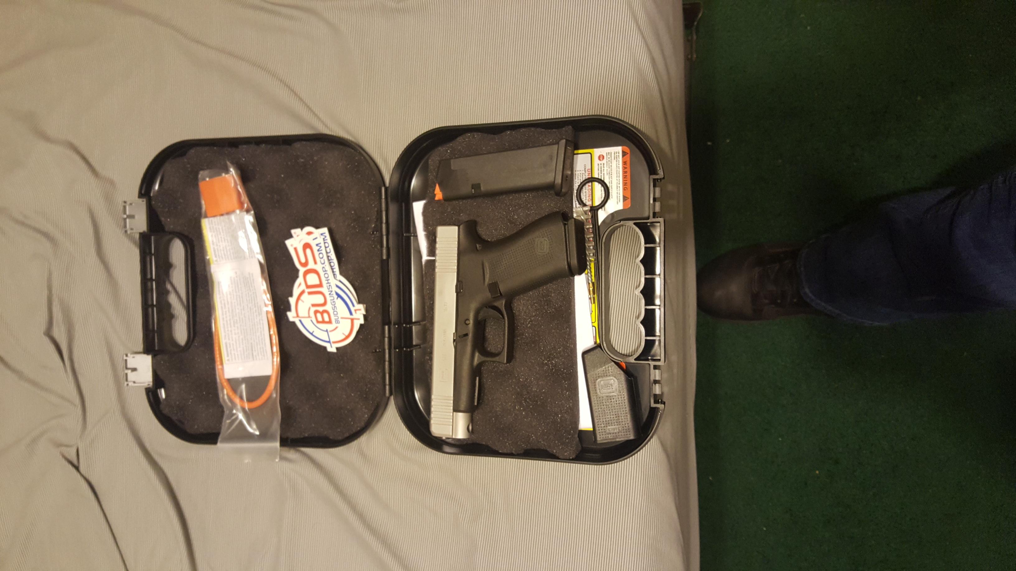 glock 48 real.jpg