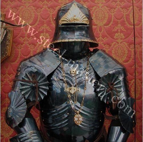 blued-gothic-full-plate-armor-2.jpg